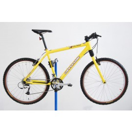 1999 Cannondale F600 Tommy Hilfiger Athletics Mountain Bike 19.5""