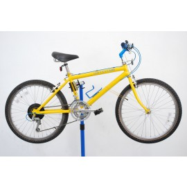 1987 Cannondale Mountain Bicycle 15""