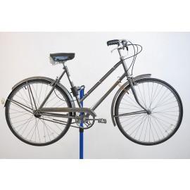 """1973 Raleigh Sports 3 Speed Ladies Bicycle 21"""""""