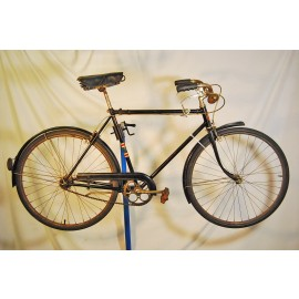 1939 Schwinn Lincoln New World Tourist Bicycle