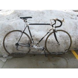 Tommaso Lugged Aluminum Road Bicycle