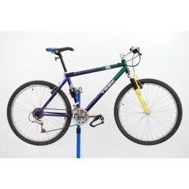 "1995 Trek 7000 Aluminum Mountain Bicycle 18"""