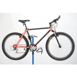 1991 Trek 8700 Carbon Fiber Mountain Bicycle